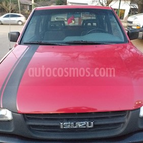 Foto Isuzu Pick up 3.1 LTD 4x4 Cabina Doble usado (2001) color Rojo precio $350.000