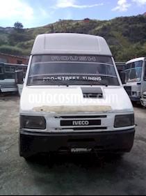Iveco Turbodaily 59.12 L4 2.5i usado (2002) color Blanco precio BoF3.500