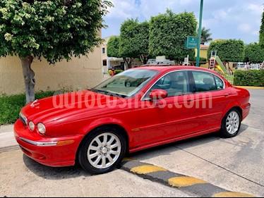 Jaguar X-type 2.5L V6 Aut usado (2002) color Rojo precio $74,900