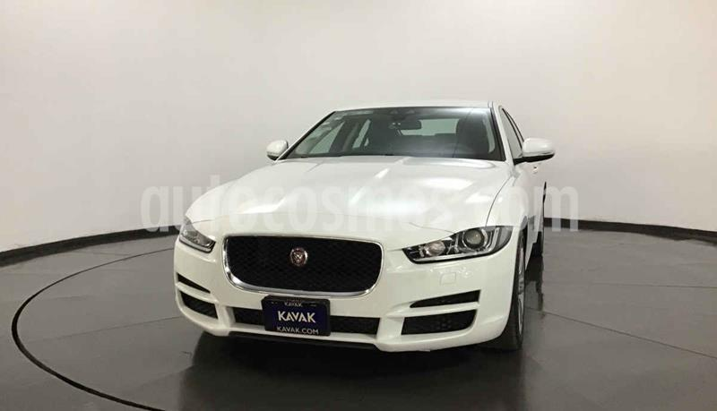 Jaguar XE Pure Tech usado (2016) color Blanco precio $449,999