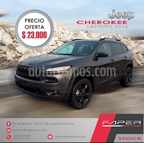 Foto venta Auto usado Jeep Cherokee 2.4L Longitude 4x2 (2016) color Gris precio u$s23,000