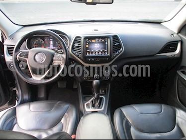 Foto venta Auto usado Jeep Cherokee 5p Limited 4x2 L4/2.4 Aut (2016) color Plata precio $305,000