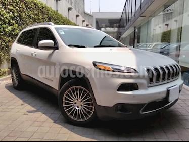 Foto venta Auto usado Jeep Cherokee 5p Limited Premium 4x2 L4/2.4 Aut (2015) color Blanco precio $310,000