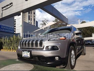 Foto venta Auto usado Jeep Cherokee Latitude (2015) color Plata Martillado precio $345,000