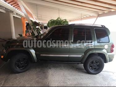 Foto venta carro usado Jeep Cherokee Limited 3.7L Aut 4x2 (2007) color Verde precio u$s5.000