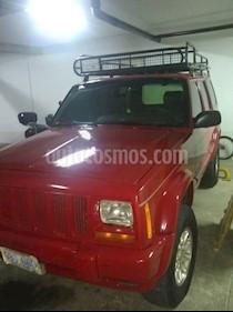 Jeep Cherokee Limited 3.7L Aut 4x4 usado (1999) color Rojo Infierno precio u$s2.750
