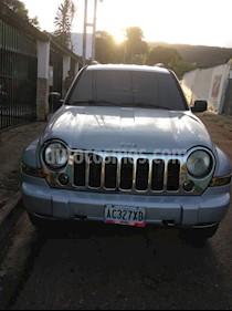 Foto venta carro Usado Jeep Cherokee Limited 4x4 (2006) color Gris precio u$s4.600