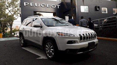 Foto venta Auto Seminuevo Jeep Cherokee Limited Plus (2017) color Blanco precio $429,900