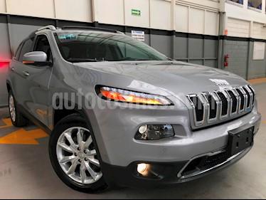 Foto venta Auto usado Jeep Cherokee Limited Plus (2017) color Plata Martillado precio $430,000