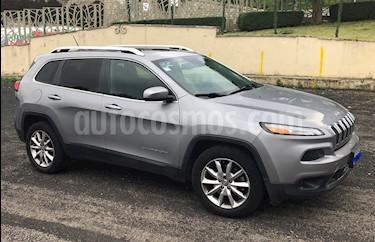 Jeep Cherokee Limited Premium usado (2014) color Plata Martillado precio $255,000