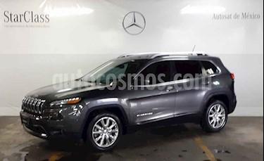 Jeep Cherokee Limited usado (2015) color Cafe precio $339,000
