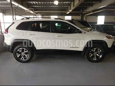 Jeep Cherokee 5p TrailHawk 4x4 V6/3.2 Aut usado (2017) color Blanco precio $390,000