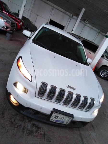 Jeep Cherokee Latitude usado (2015) color Blanco precio $255,000