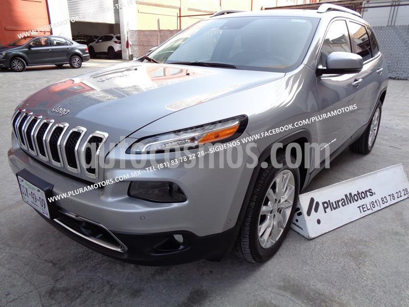 Jeep Cherokee Limited usado (2015) color Plata Dorado precio $249,000
