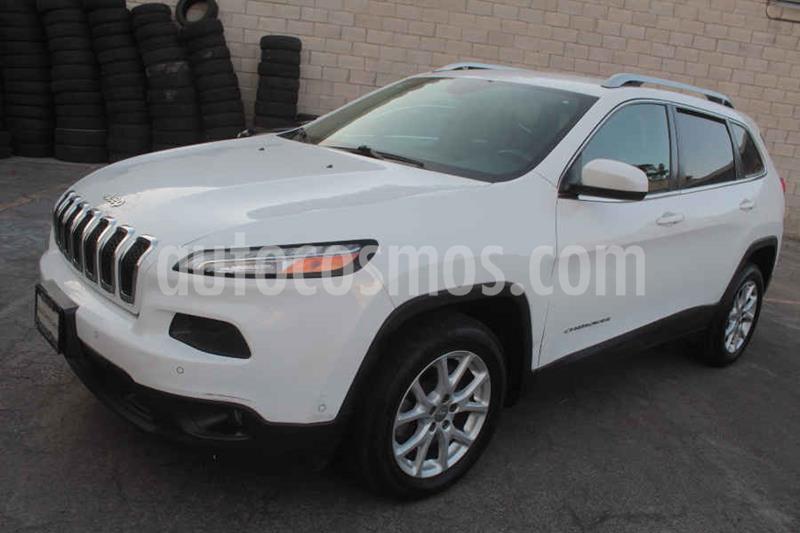 Jeep Cherokee Latitude usado (2015) color Blanco precio $235,000