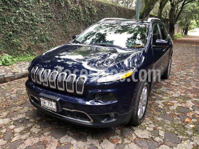 Jeep Cherokee Limited Premium usado (2016) color Azul Real precio $330,000