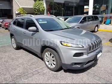 Jeep Cherokee 5P LIMITED PREMIUM L4 2.4L TA PIEL QCP GPS BI-XEN usado (2016) color Plata precio $325,000