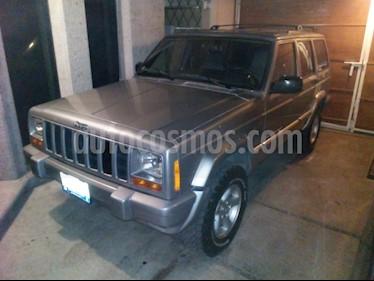 Foto venta Auto Seminuevo Jeep Cherokee Sport 4X2 (2000) color Gris Plata  precio $120,000