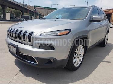 Foto Jeep Cherokee Sport 4X2 usado (2015) color Plata precio $264,000