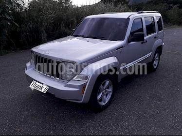Jeep Cherokee Limited 3.7L Aut 4x4 usado (2008) color Plata precio u$s6.500