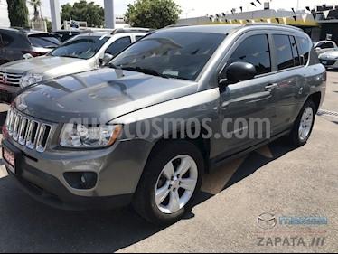 Foto venta Auto usado Jeep Commander 4.7L 4x2 (2012) color Gris Oscuro precio $145,000