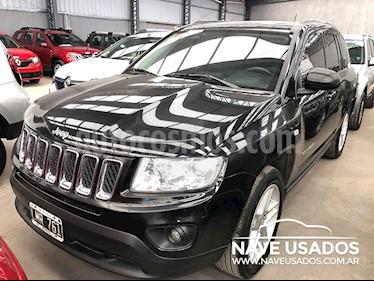 Foto venta Auto Usado Jeep Compass 2.4 4x2 Longitude Aut (2012) color Negro