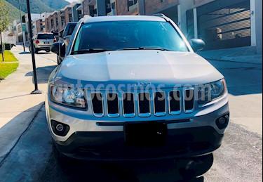 Foto venta Auto usado Jeep Compass 4x2 Latitude Aut (2015) color Gris precio $200,000
