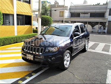 Foto Jeep Compass 4x2 Latitude Aut usado (2014) color Azul precio $174,900