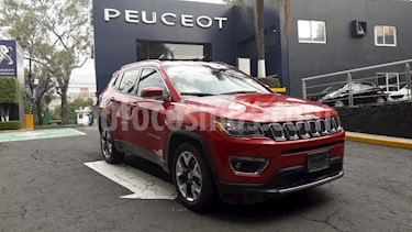 Foto Jeep Compass 4x2 Limited Aut usado (2018) color Rojo Cerezo precio $379,900