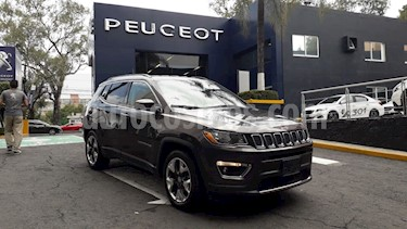 Foto Jeep Compass 4x2 Limited Aut usado (2018) color Plata Martillado precio $389,900