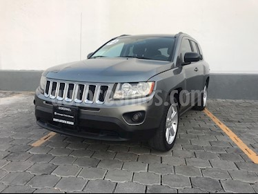Foto venta Auto usado Jeep Compass 4x2 Limited Premium CVT Nav  (2012) color Gris Mineral precio $155,000