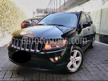 Foto venta Auto Seminuevo Jeep Compass 4x2 Limited Premium CVT (2013) color Negro precio $209,000