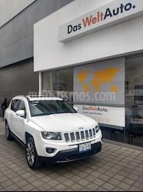 Foto venta Auto Seminuevo Jeep Compass 4x2 Limited Premium CVT  (2015) color Blanco precio $280,000