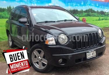 Foto venta Auto Seminuevo Jeep Compass 4x2 Sport CVT (2009) color Negro precio $125,000
