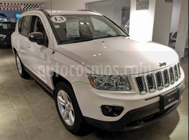 Foto venta Auto Seminuevo Jeep Compass 4x2 Sport CVT (2013) color Blanco precio $169,000