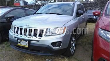 foto Jeep Compass 4x4 Limited Premium CVT Nav  usado (2013) color Plata precio $185,000