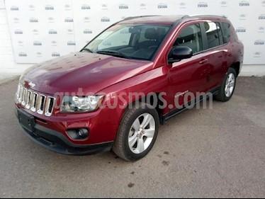 Foto venta Auto usado Jeep Compass 5p Latitud 4x2 L4/2.4 Aut c/Cam y B/A (2017) color Rojo precio $285,000