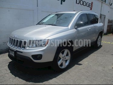 Foto venta Auto usado Jeep Compass 5p Limited 4x2 L4/2.4 Aut (2012) color Plata precio $185,000