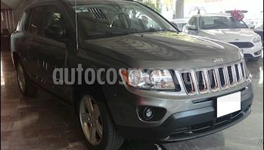 Foto venta Auto usado Jeep Compass 5p Limited 4x2 L4/2.4 Aut (2012) color Gris precio $189,000