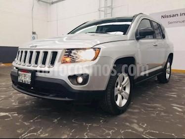 Foto venta Auto usado Jeep Compass 5p Sport 4x2 L4/2.4 Aut (2013) color Plata precio $199,000