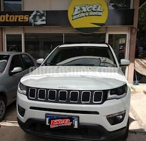 Jeep Compass 2.4 4x2 Sport usado (2018) color Blanco precio $3.000.000