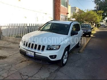 Foto venta Auto usado Jeep Compass Latitude (2015) color Blanco precio $220,000