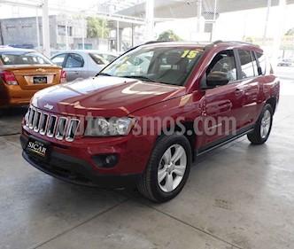 Jeep Compass 4x2 Latitude usado (2015) color Rojo precio $189,000