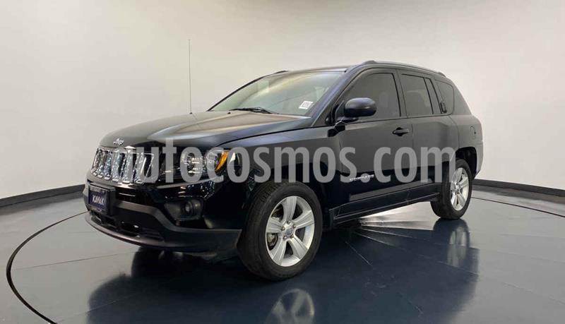Jeep Compass 4x2 Latitude Aut usado (2015) color Negro precio $214,999