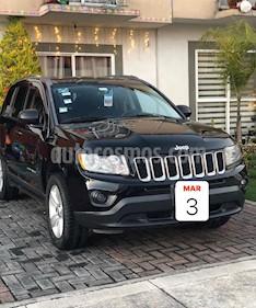 Jeep Compass 4x2 Sport CVT usado (2013) color Negro precio $150,000
