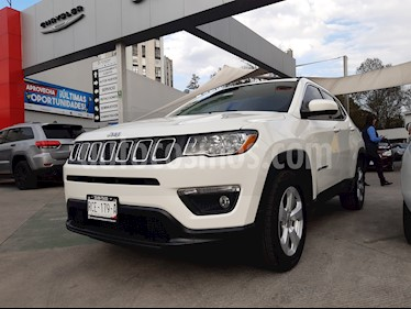 Jeep Compass 4x2 Latitude Aut usado (2018) color Blanco precio $386,000