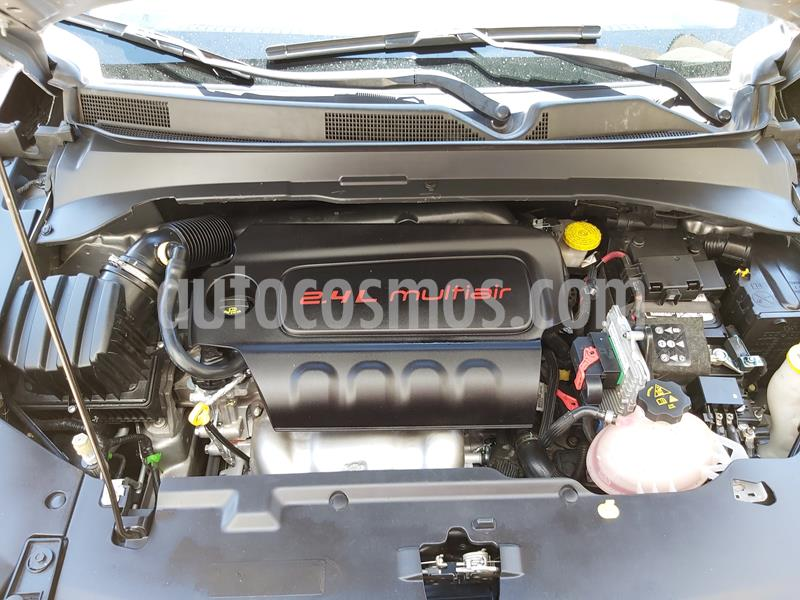 Jeep Compass 4x2 Latitude Aut usado (2018) color Plata precio $290,000