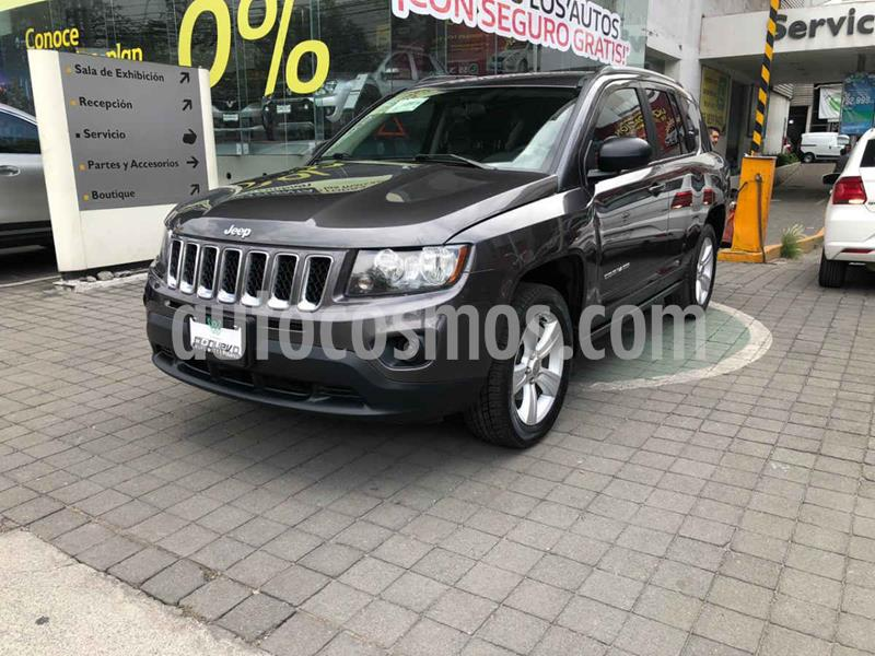 Jeep Compass 4x2 Latitude Aut usado (2015) color Gris precio $219,000