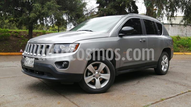 Jeep Compass 4x2 Latitude usado (2015) color Plata precio $199,000