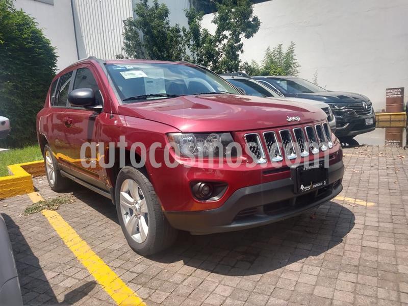 Jeep Compass Latitude usado (2016) color Rojo precio $227,000